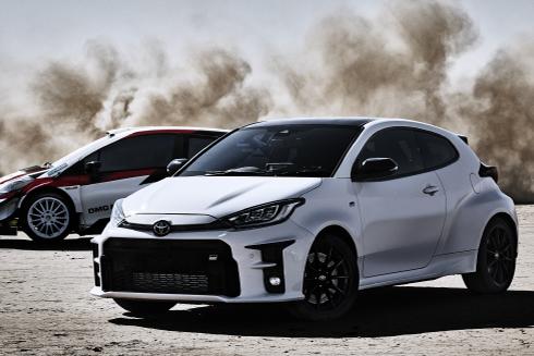 "GRヤリス先行予約受付中!                                            特別仕様車 RZ""First Edition""とRZ""High-performance・First Edition""のWeb限定先行予約を6月30日(火)まで受け付けています。"
